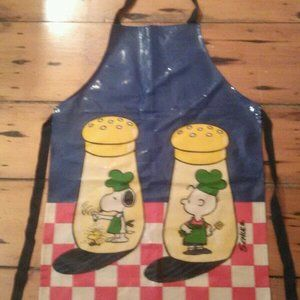 Vintage Apron Peanuts Made in England 1965